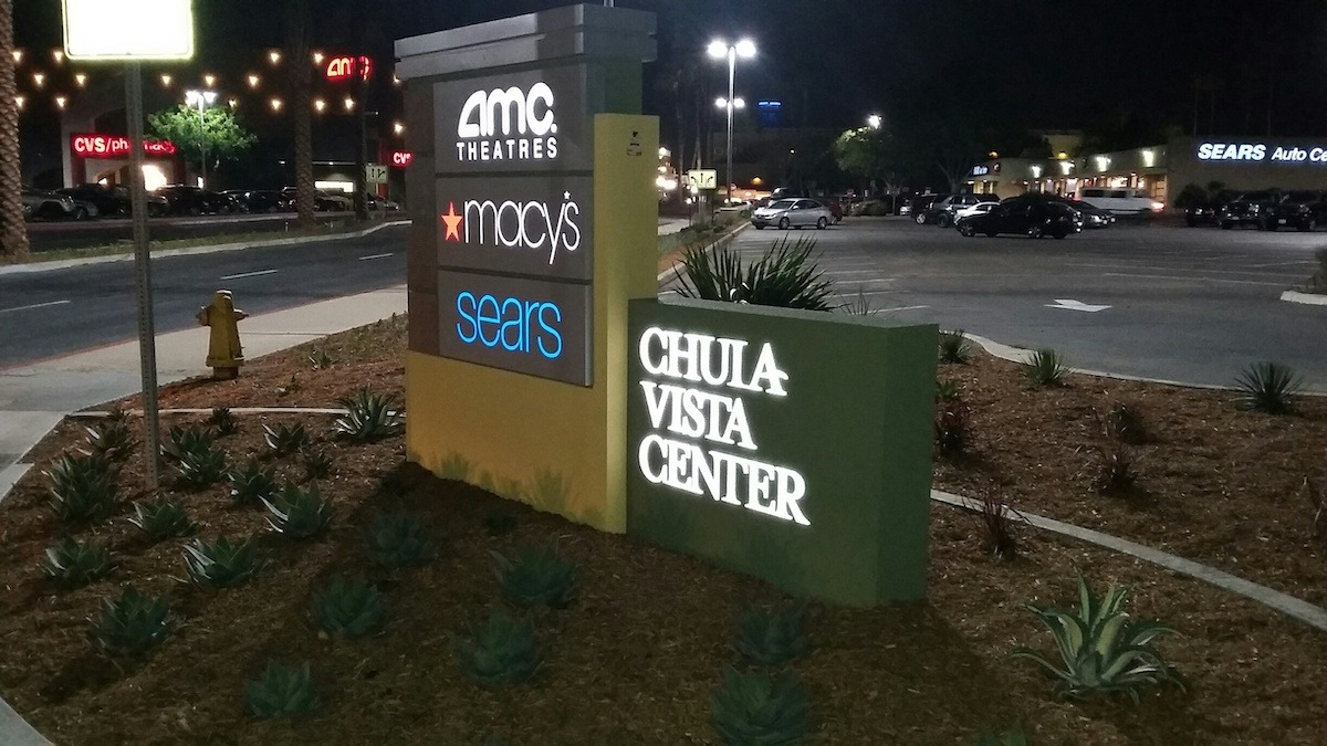 Monument Sign for Shopping Centers